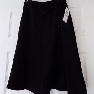 Calvin Klein NWT black a-line lined skirt